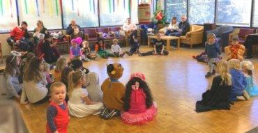 Fastelavn in Seattle Kids in Costume
